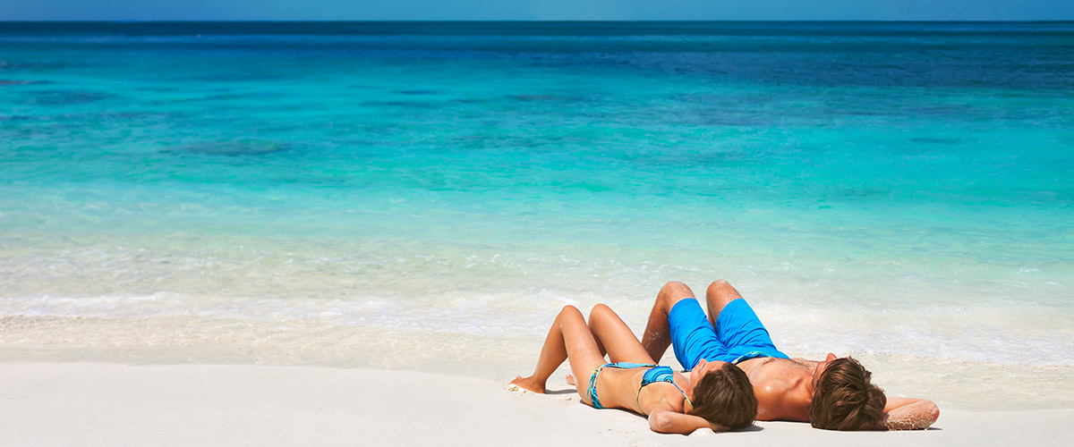 Как выбрать солнцезащитное средство для отпуска на море