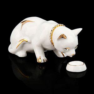 кот со стразами