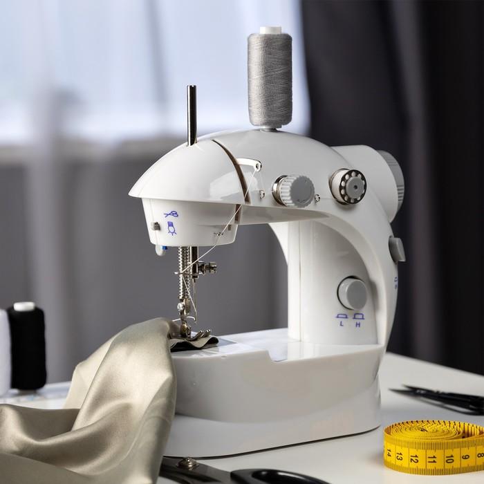Швейная машинка LuazON LSH-02, белый