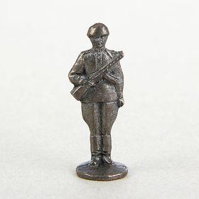 """Оловянный солдатик """"Солдат с автоматом"""""""