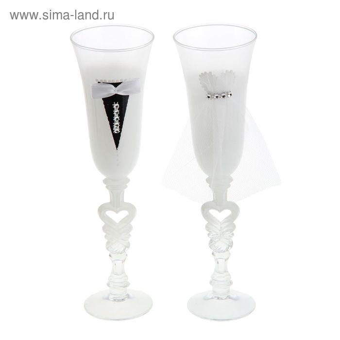"""Набор свадебных бокалов """"Торжество"""" в белом оформлении"""
