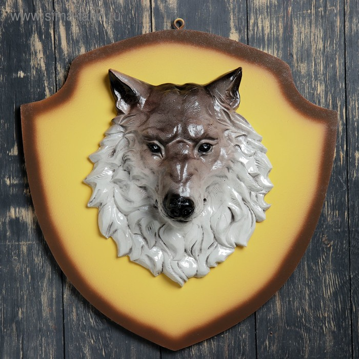 "Панно ""Голова волка"" бежевый щит"