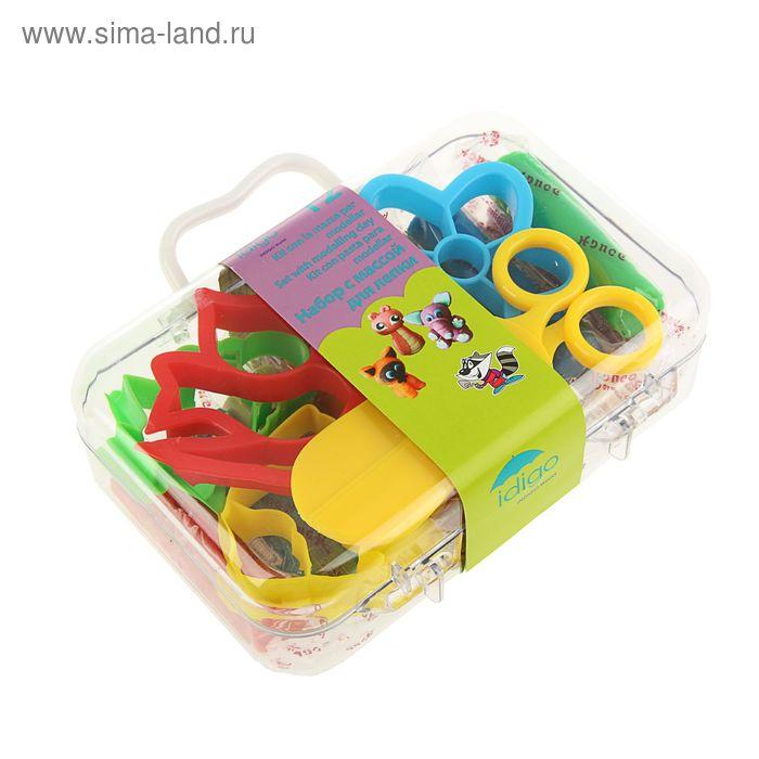 Набор для лепки: мягкая масса 12 цветов, 240г, 4 формы, ножницы, в пластиковом чемодане
