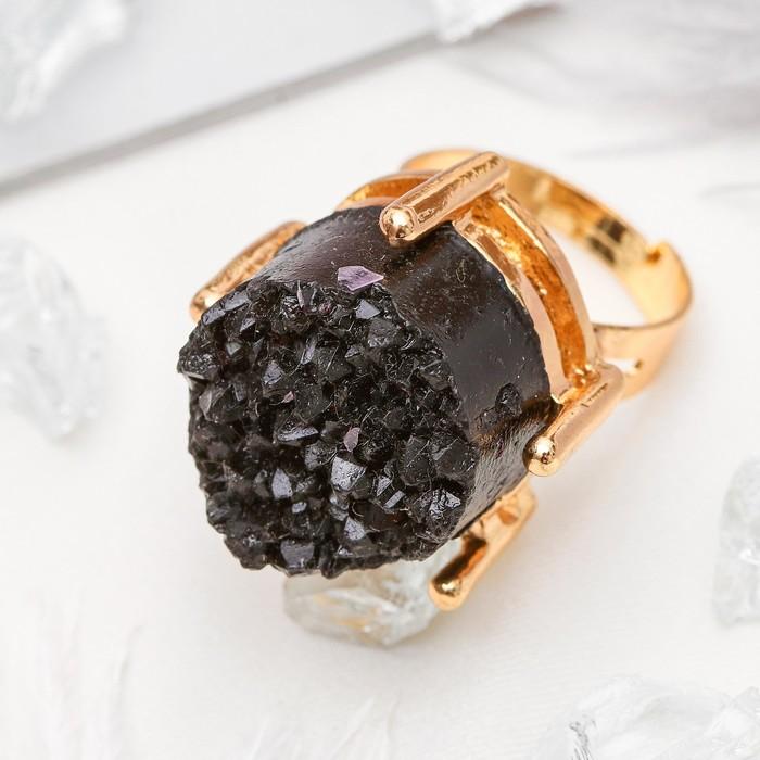 """Кольцо """"Натурель фэшн"""", круг, цвет чёрный в золоте, безразмерное"""
