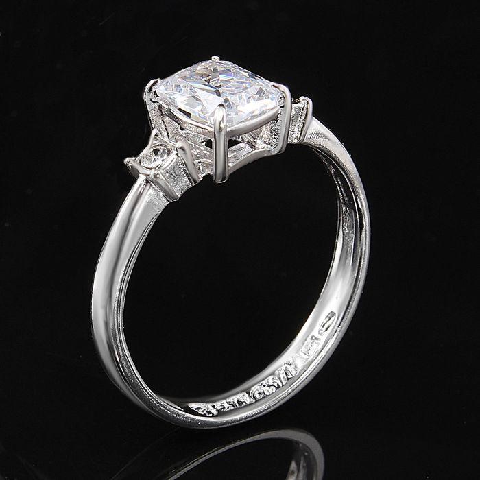 """Кольцо """"Тур-плие"""", размер 17, цвет белый в серебре"""
