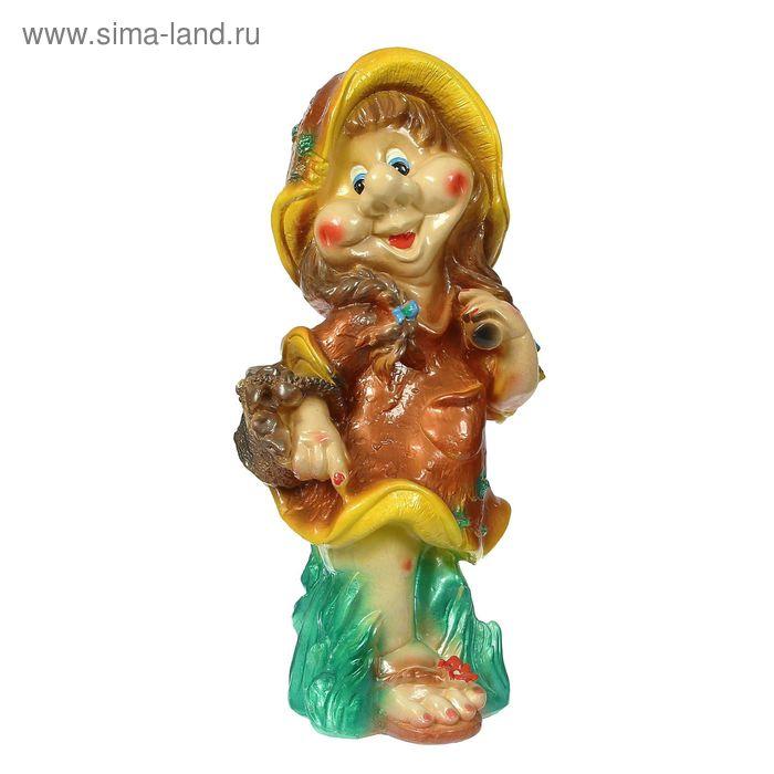 "Садовая фигура ""Гномиха с корзинкой на траве"""
