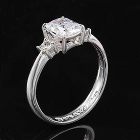 """Кольцо """"Тур-плие"""", размер 20, цвет белый в серебре"""