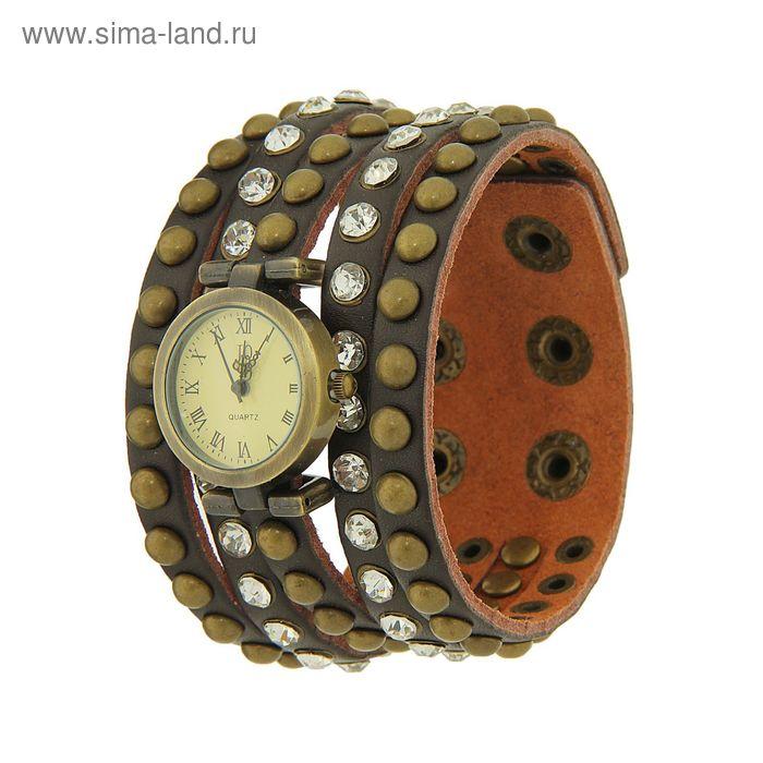 Часы наручные женские, бежевый  циферблат, темный ремень со стразами  микс