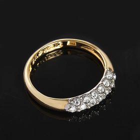 """Кольцо """"Газель"""", размер 19, цвет белый в золоте"""