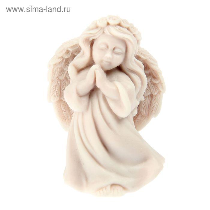 """Сувенир """"Ангел молящийся с венком"""""""