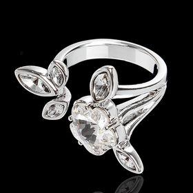 """Кольцо """"Яблоня"""", безразмерное, цвет белый в серебре"""