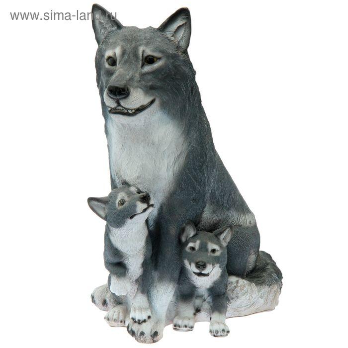 """Садовая фигура """"Волчица с волчатами"""""""