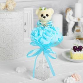 Букет с мишкой 'От всей души', 3 цветка, цвет голубой Ош