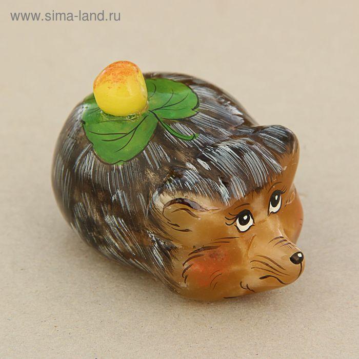 """Скульптура """"Ёж"""" с яблоком"""
