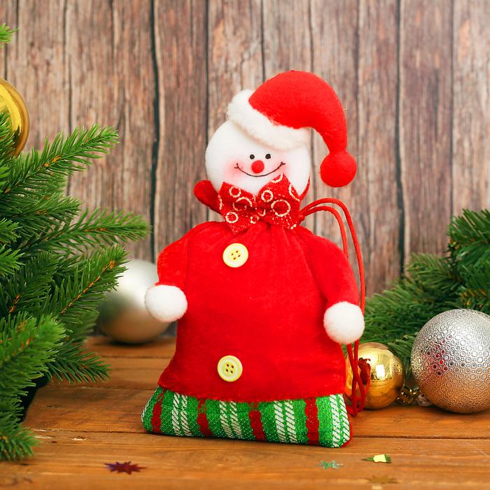 """Новогодний мешок для подарков """"Снеговик"""" с завязками, вместимость 100-120 г"""