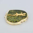Зеркало из змеевика с одной стороны с ящеркой, золото, сердце 7 см