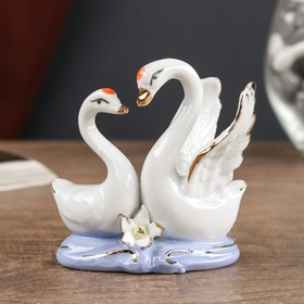 Сувенир керамика под фарфор 2 лебедя 8*7 см Ош