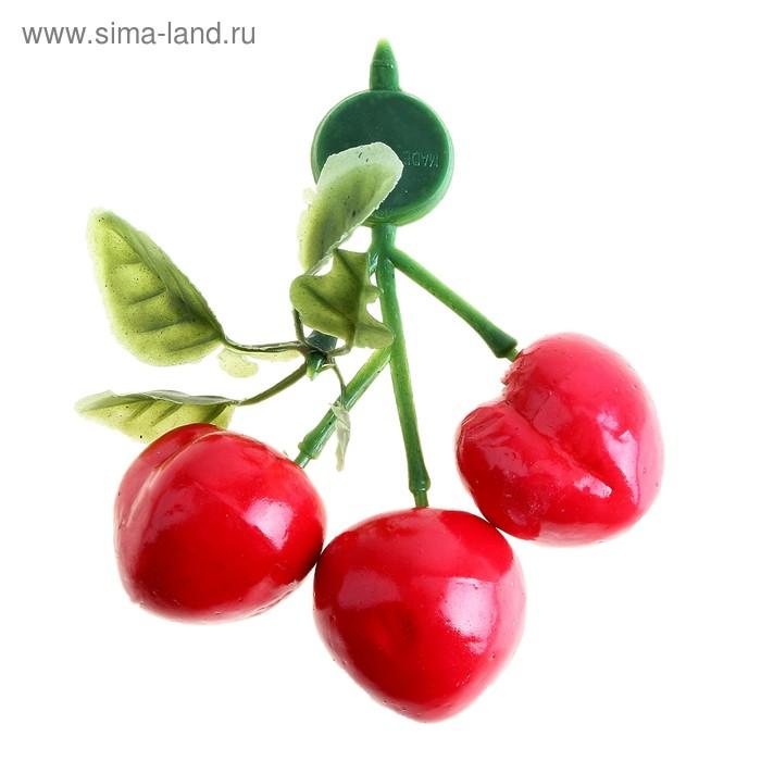 """Магнит """"Персик"""" (3 ягоды)"""