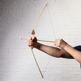 Сувенир деревянный 'Лук и 3 стрелы', 68 см Ош