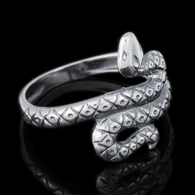 """Кольцо посеребрение с оксидированием """"Змея"""", 17 размер"""