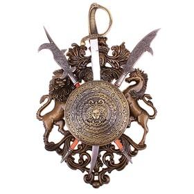 Сувенирное оружие «Геральдика» с изображением медузы Горгоны, сабля и две алебарды Ош