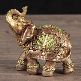 """Сувенир полистоун """"Слон с павлином на попоне"""" 8х9х4,5 см"""