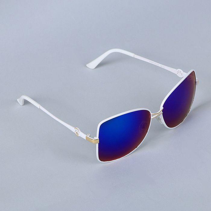 Очки солнцезащитные Оверсайз. Оправа белая тонкая, линзы микс 3х5,5х14,5см