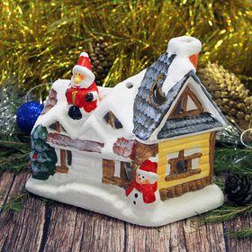 """Сувенир керамика подсвечник """"Дед Мороз на крыше домика"""" 13х16х9,7 см"""