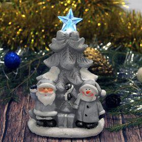 "Сувенир керамика световой ""Дед Мороз и снеговик у ёлки"" серебро 17,5х11,5х9 см"