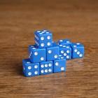Кубики игральные 1,6 х 1,6 см, синие с белыми точками, фасовка 100 шт.