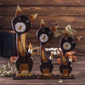 """Сувенир дерево """"Кошки с ажурной резьбой на ушках и грудке"""" набор 3 шт h=22, 27, 36 см"""
