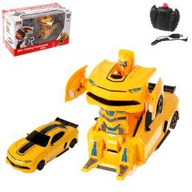 """Робот-трансформер радиоуправляемый """"Автобот"""", с аккумулятором, ездит по стенам, масштаб 1:24 mz 2827X"""