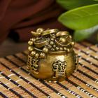 "Нэцкэ полистоун ""Мешок со слитками золота"" бронза 3х3,5х3,5 см"