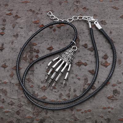 """Кулон мужской """"Рука"""", цвет чернёное серебро, 40см"""