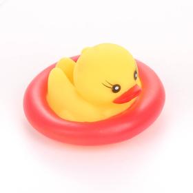 Игрушка для ванны «Утки в круге», цвета МИКС