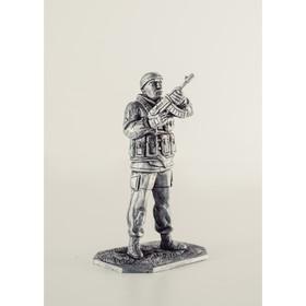Оловянный солдатик 'Вежливый с автоматом' Ош