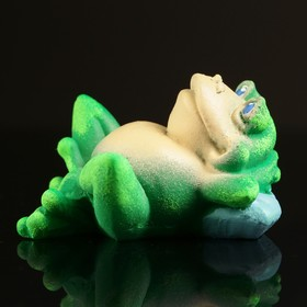 Сувенир 'Лягушка лежит' зеленая с белым брюшком 6х3см Ош