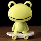 """Лампа настольная LED 220В """"Зелёная лягуха на скейте"""" 30х22х17 см"""