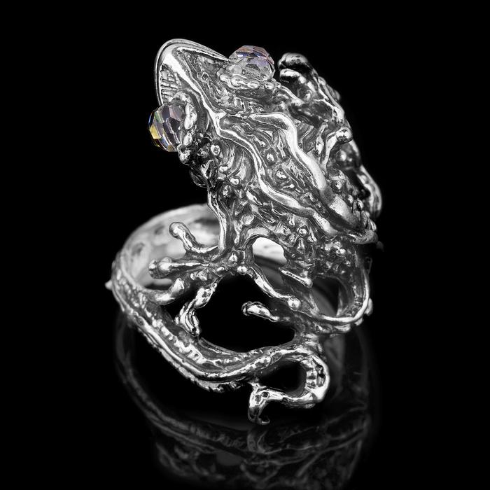 """Кольцо бижар """"Игуана"""", размер 18, цвет бензиновый в чернёном серебре"""