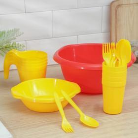 Набор посуды «Праздничный»: 4 стакана, 4 кружки, 4 тарелки, миска 3,5 л