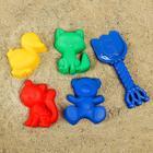 Набор для игры в песке №103: 4 формочки, совок с короной