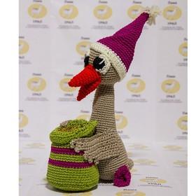 Набор для вязания игрушки 'Рождественский гусь Мартин с мешком монет' 23*7 см Ош