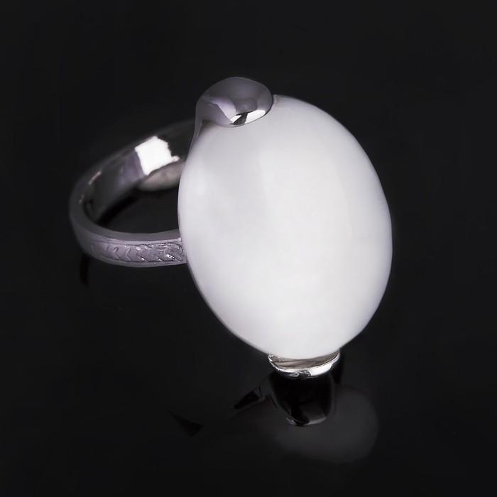 """Кольцо бижар """"Агния"""" перламутр, размер 19, цвет белый в серебрении с родированием"""