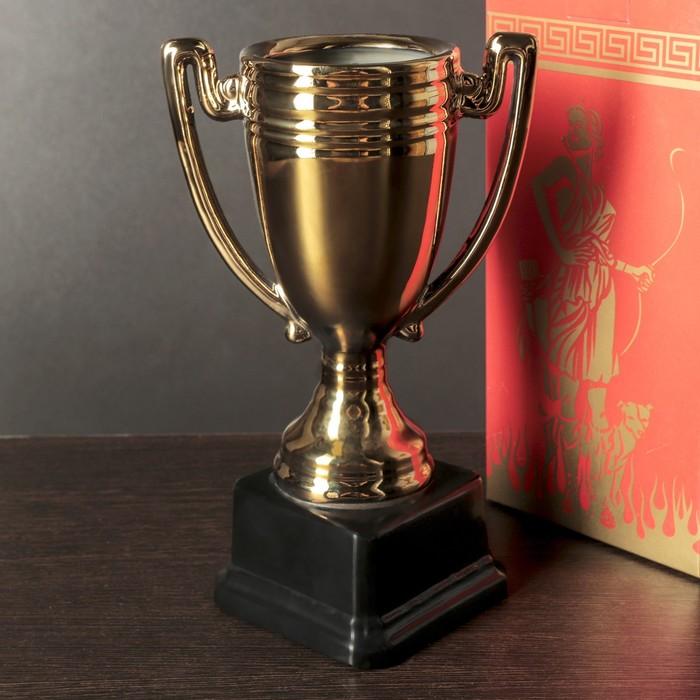 Кубок керамический, в подарочной упаковке
