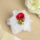"""Бант для девочек с резинкой """"Эспаньола"""", с цветком, 8 см, белый"""