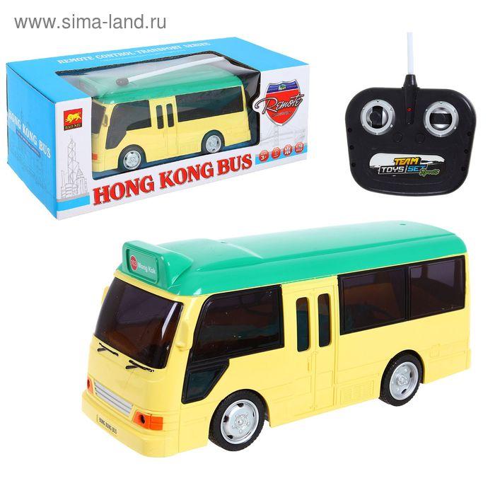 """Автобус радиоуправляемый """"Транспорт Гонконга"""", масштаб 1:18, световые эффекты, работает от батареек, цвета МИКС"""
