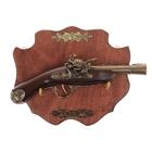 Сувенирное оружие на планшете «Мушкетон», накладной резной элемент