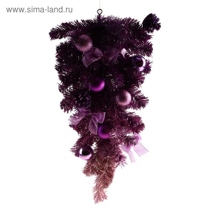 Ёлка настенная с фиолетовым декором