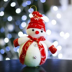 """Игрушка световая """"Снеговик праздничный"""", 16х18 см, красный, батарейки в комплекте"""