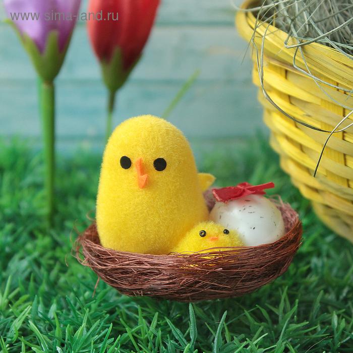 """Сувенир """"Цыпа в корзинке с цыплёнком и яйцом"""""""